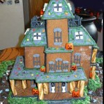 Christmas-gingerbread-haunted-spooky-home