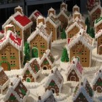 gingerbread-Christmas-houses-and-homes-downtown-idaho