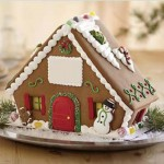 Mobil-Alabama-Christmas-Special-decorated-gingerbread-house